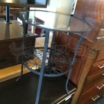 買取価格2000円 アイアン×ガラス アンティーク風サイドテーブル