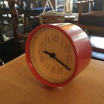 買取金額:2000円 渡辺力 小さな時計