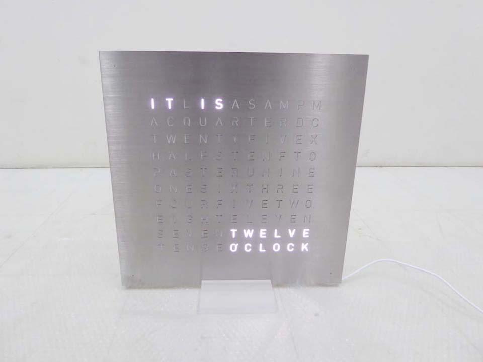 買取金額 25,000円 QLOCKTWO CLASSIC クロックツークラシック 壁掛け時計 置き時計