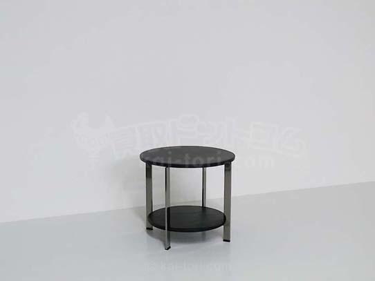 Poltrona Frau/ポルトローナ・フラウ REGOLO 黒革サイドテーブル 東京にて買取