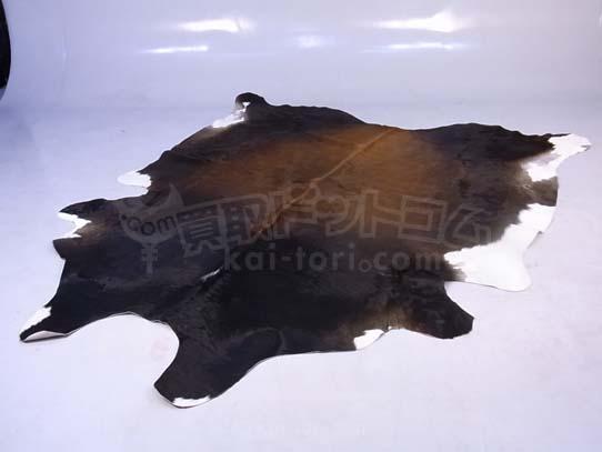 牛革 カウラグ 240cm×210cm 東京にて買取。
