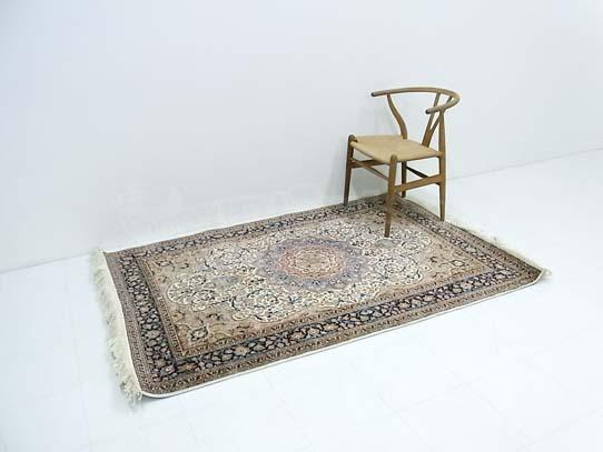 ペルシャ絨毯 128x180cm 港区にて買取ました!