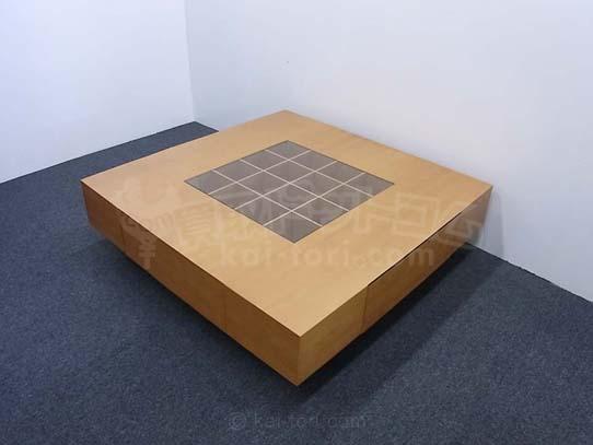 トゥワイステーブル