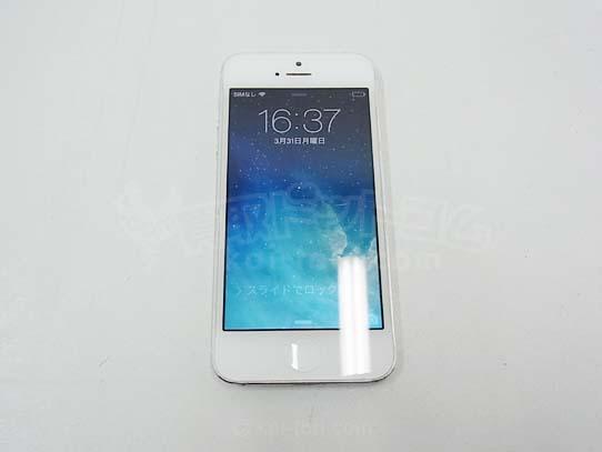 '14.04.01 APPLE / アップル iphone5  64GB  ホワイト