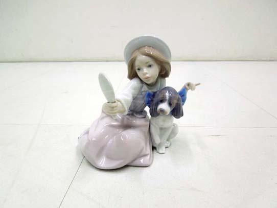 買取金額 5,000円 LLADRO  リヤドロ   少女と犬 おめかし