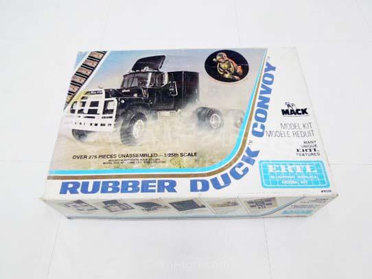 買取金額 3,000円 ERTL プラモデル ラバーダックコンボイ RUBBER DUCK CONVOY Mack truck