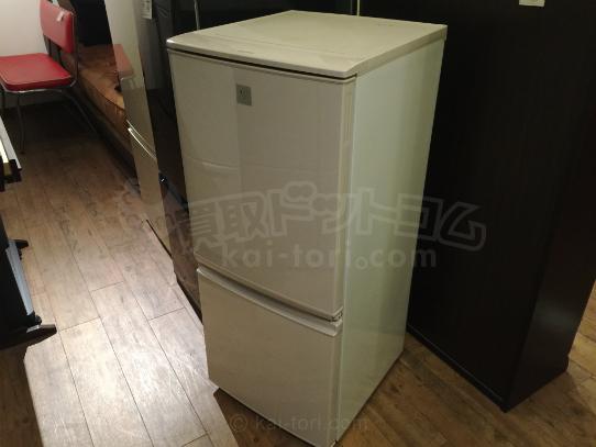 買取金額 6,000円 SHARP /シャープ 137L 2ドア プラズマクラスター 冷蔵庫  SJ-PD14A-C