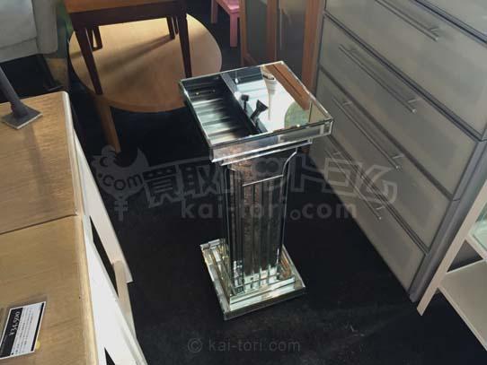 買取金額 10.000円  エレガントデザイン ミラーデザインコンソールテーブル