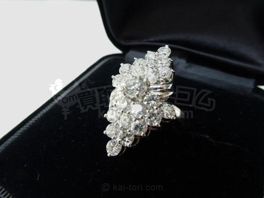 買取金額150,000円 PT900 ダイヤモンド総3.0ct デザインリング  ノーブランド